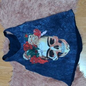 🔥3/30🔥 Skull and Roses Tank Top